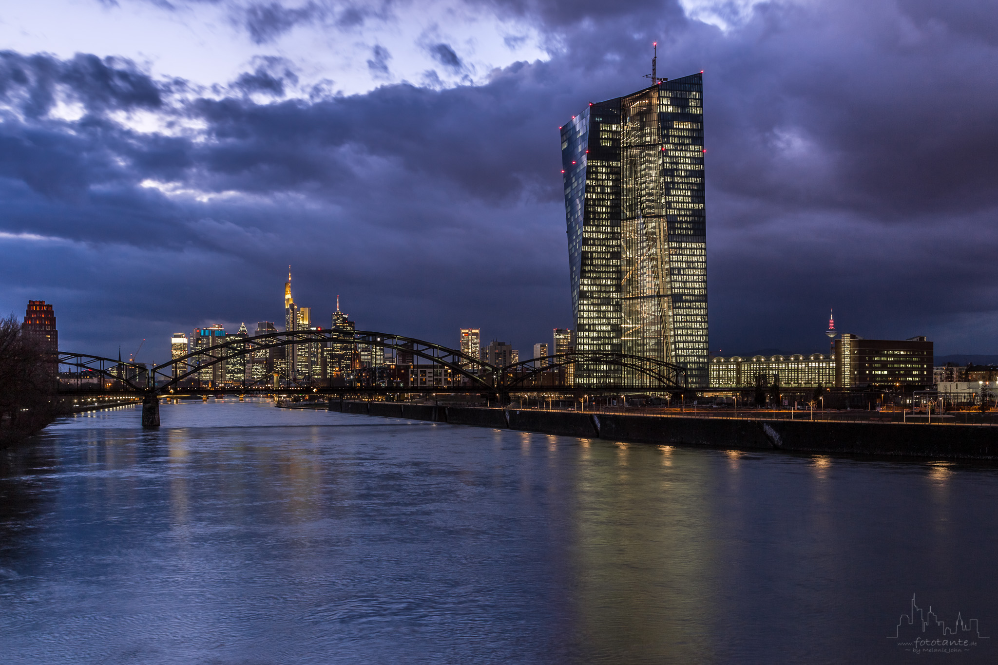 EZB-Frankfurt-Main-Skyline.jpg#asset:1488